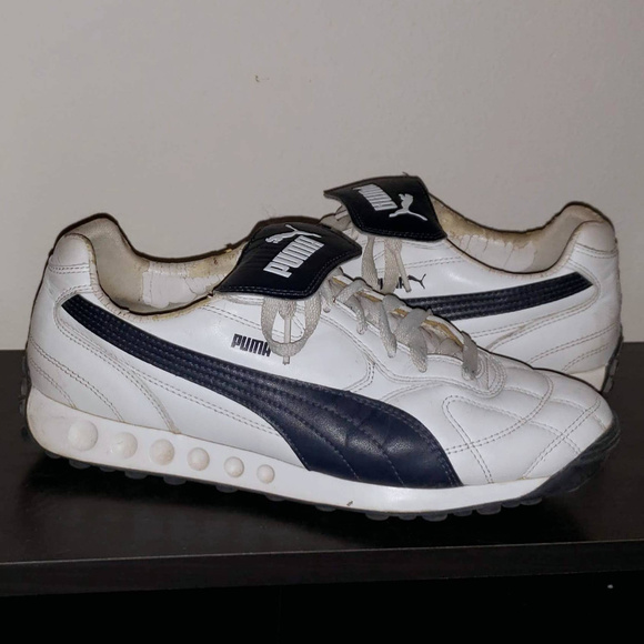 4b921b948dbcc PUMA Avanti Original Sneakers